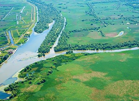 Hoteluri plutitoare in Delta Dunarii